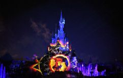 Disneyland-Paris-Illuminations-Roi-Lion-630x405-C-DISNEY